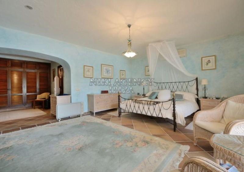 Villa con 5 dormitorios en San Jose Ibiza-61273