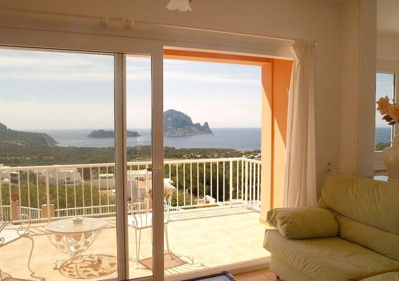 Villa in Cala Carbo mit Blick auf Es Vedra und das Meer-55128