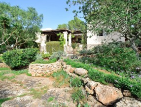 Villa in Benimussa, Ibiza, with 4 dormitorios-CVE50901