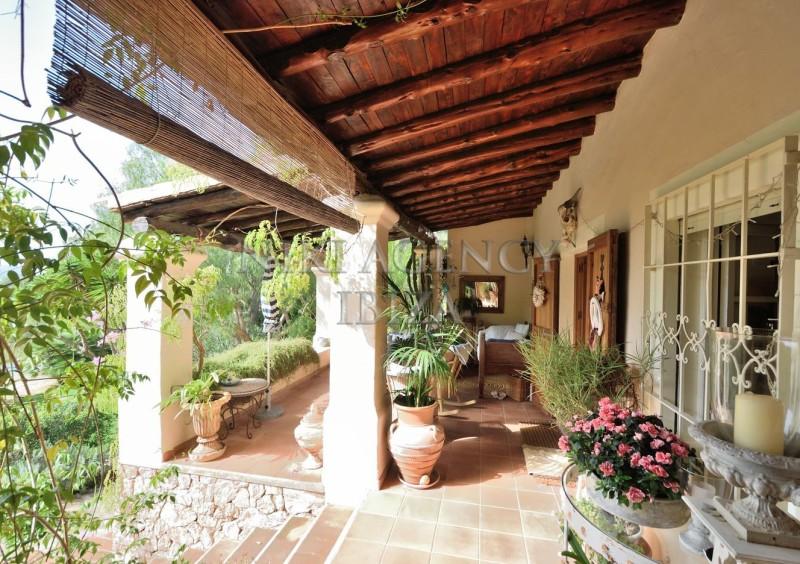 Villa in Benimussa, Ibiza, with 4 dormitorios-CVE50906