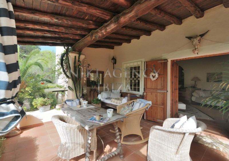 Villa in Benimussa, Ibiza, with 4 dormitorios-CVE50907