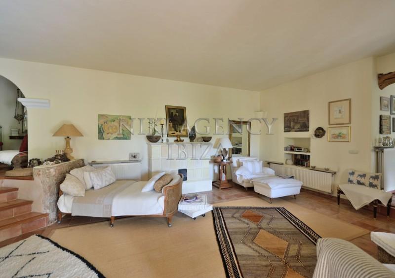 Villa in Benimussa, Ibiza, with 4 dormitorios-CVE50909