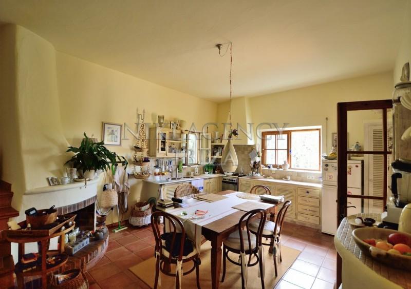 Villa in Benimussa, Ibiza, with 4 dormitorios-CVE50911