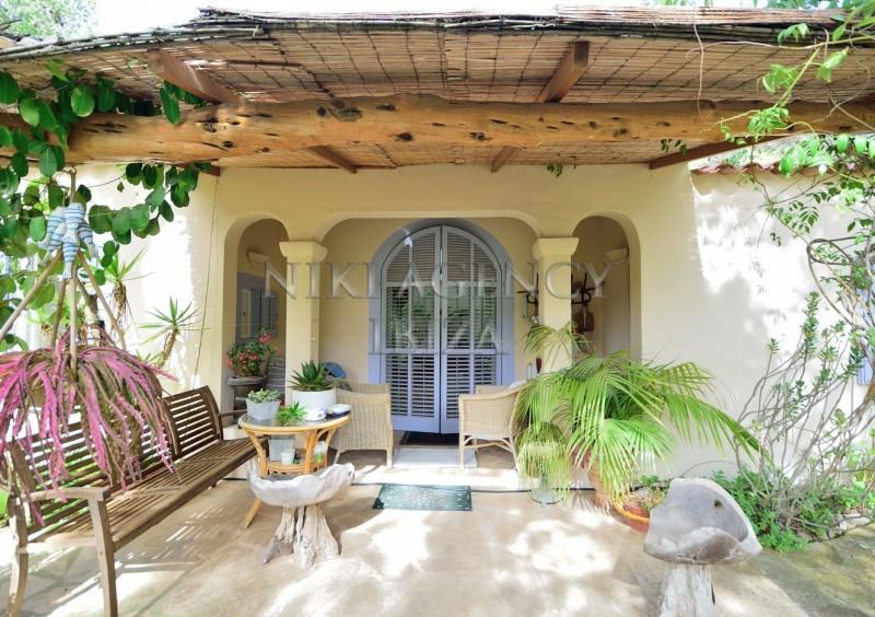 Villa in Benimussa, Ibiza, with 4 dormitorios-CVE50916