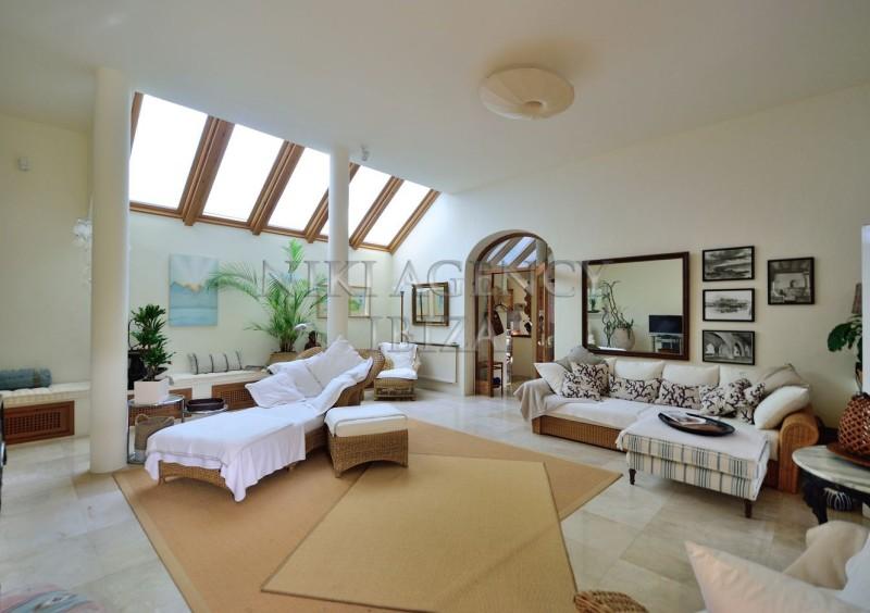 Villa in Benimussa, Ibiza, with 4 dormitorios-CVE50918