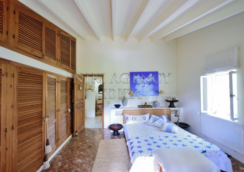 Villa in Benimussa, Ibiza, with 4 dormitorios-CVE50919
