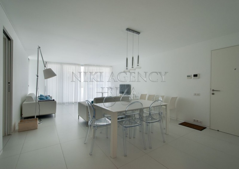 Apartment in Botafoch Ibiza with 3 bedrooms-AVE12835