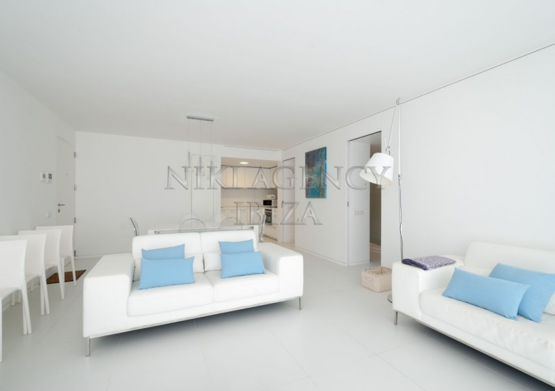 Apartment in Botafoch Ibiza with 3 bedrooms-AVE12836
