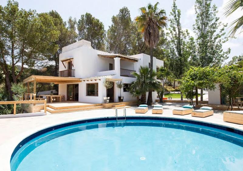 Villa close to San Jose with 6 bedrooms-CVE50041