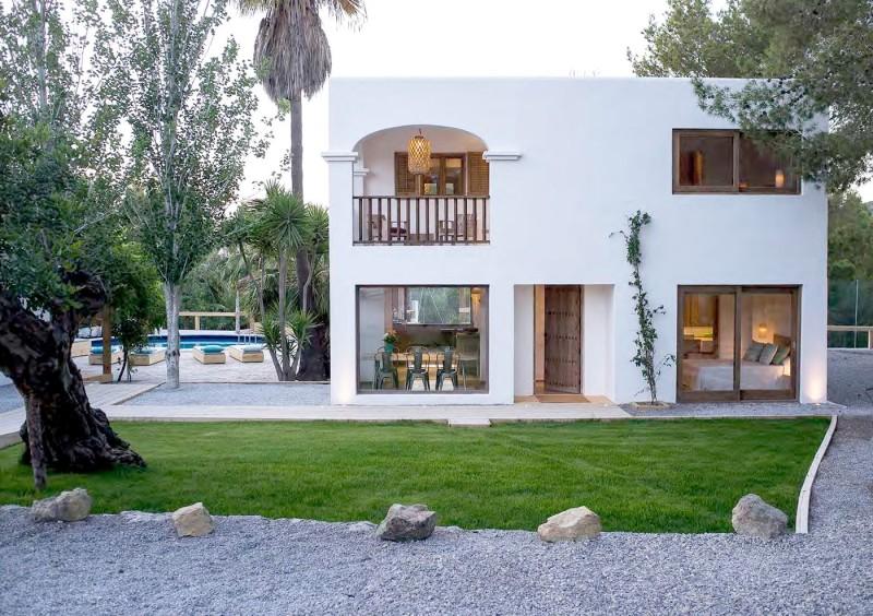 Villa close to San Jose with 6 bedrooms-CVE50042
