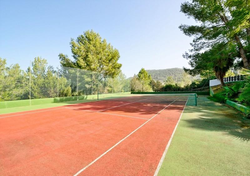 Villa close to San Jose with 6 bedrooms-CVE50056