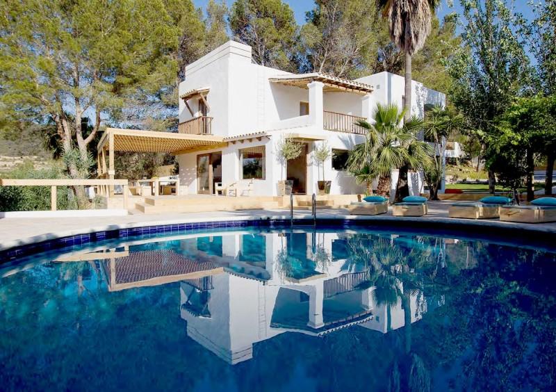 Villa close to San Jose with 6 bedrooms-CVE50057