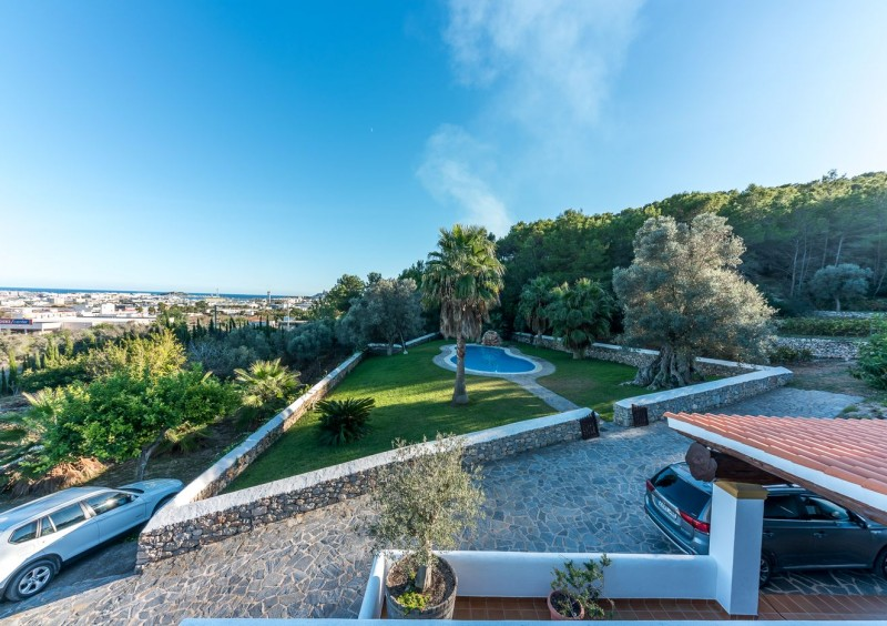 Finca close to Ibiza with 4 bedrooms-CVE51560