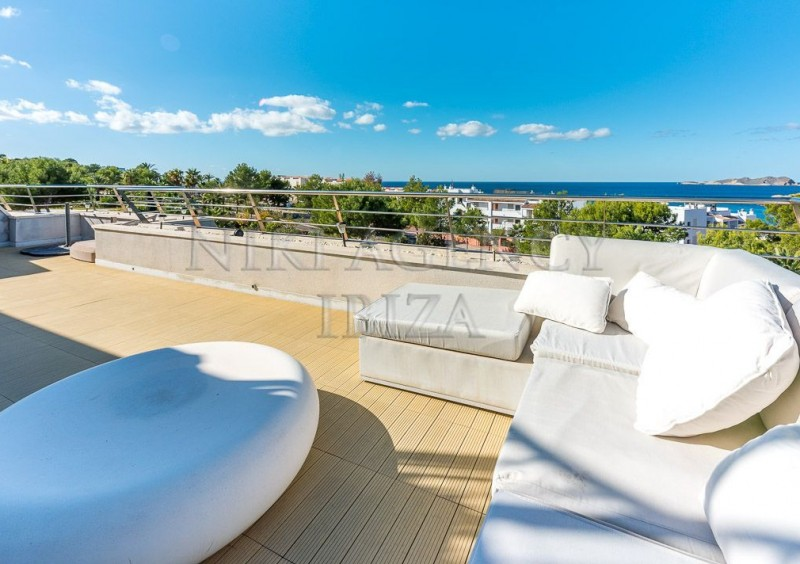 Penthouse in Cala Tarida with seaview-AVE10911