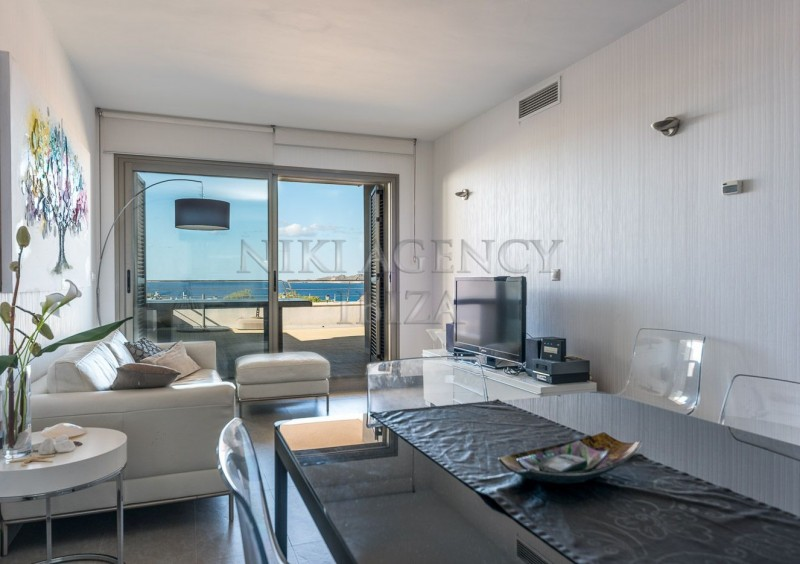Penthouse in Cala Tarida with seaview-AVE10920