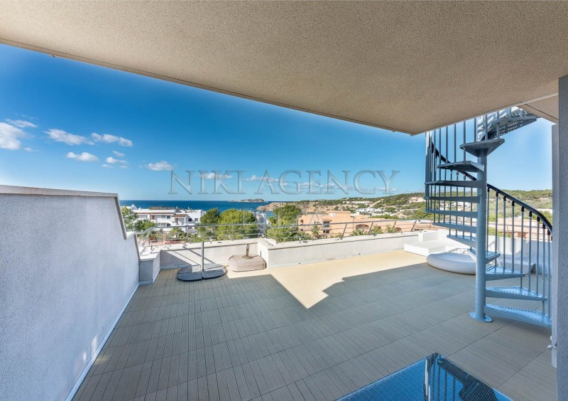 Penthouse in Cala Tarida with seaview-AVE10921