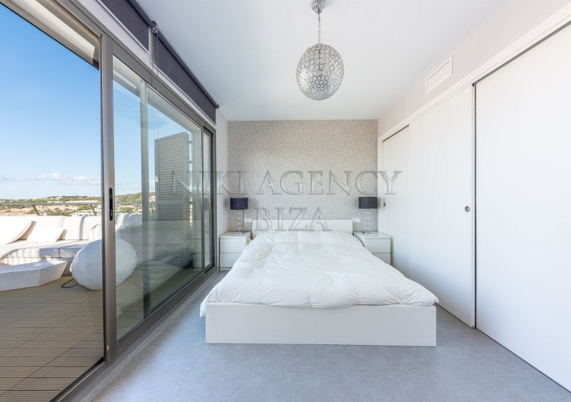 Penthouse in Cala Tarida with seaview-AVE10925