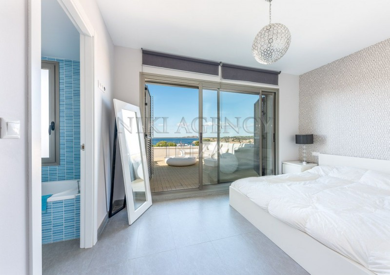 Penthouse in Cala Tarida with seaview-AVE10926