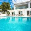 Villa moderna en Jesús Ibiza