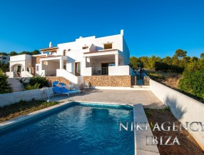 Terraced villa in Cala Vadella with private pool