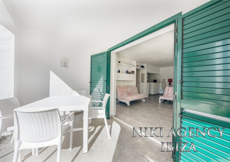 Apartment in Cala Tarida
