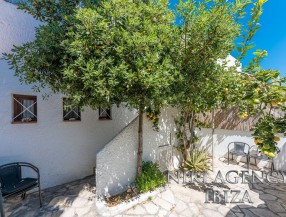 House in Cala Tarida Ibiza with 2 bedrooms