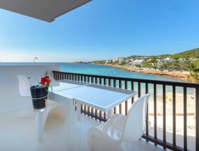 Apartment in Calo des Moro