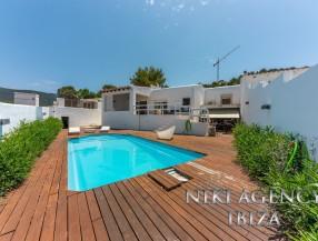 Bungalow in Cala Vadella Ibiza