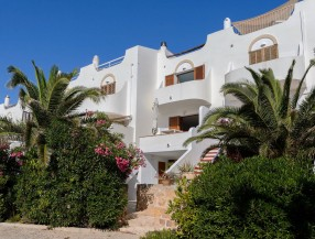 Townhouse in Cala Tarida