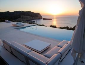 Villa de diseño en Ibiza Benirras