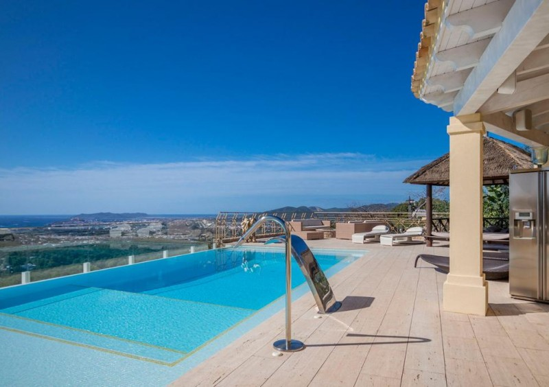 Villa in Ibiza Can Furnet with 12 bedrooms