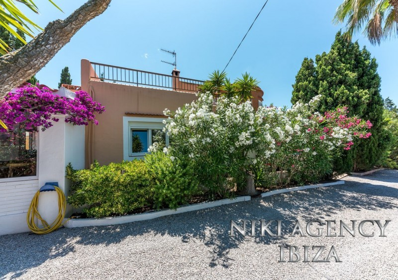 Villa en Port des Torrent Ibiza con 3 dormitorios