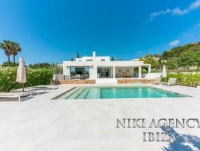 Villa en Ibiza, Jesús