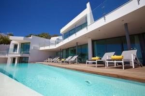 Moderna villa de nueva construcción con vistas al mar en Es Cubells, Ibiza