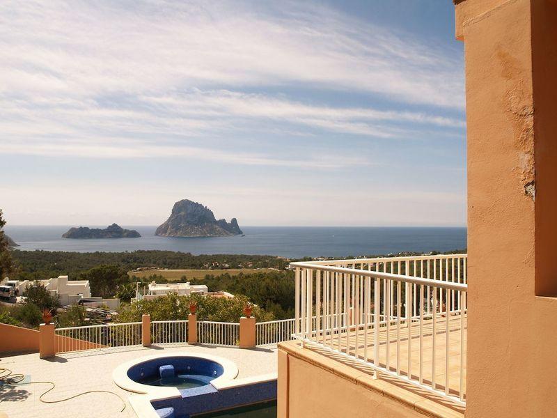 Villa in Cala Carbo mit Blick auf Es Vedra und das Meer-55127