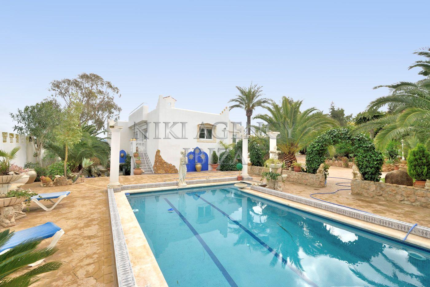 Villa in San Augustín-Ibiza with 4 bedrooms-CVE03231
