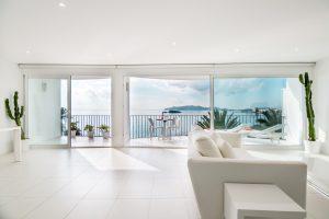 Piso en Ibiza primera linea del mar